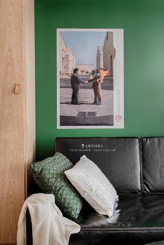 32平米小户型装修沙发一角