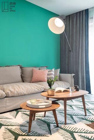 北欧风三居室装修客厅茶几设计