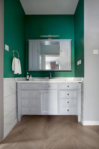 140平米三居室衛生間裝修效果圖