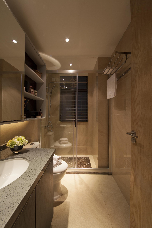 103平米三居室卫生间装修效果图