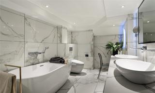 现代风别墅卫生间装修效果图