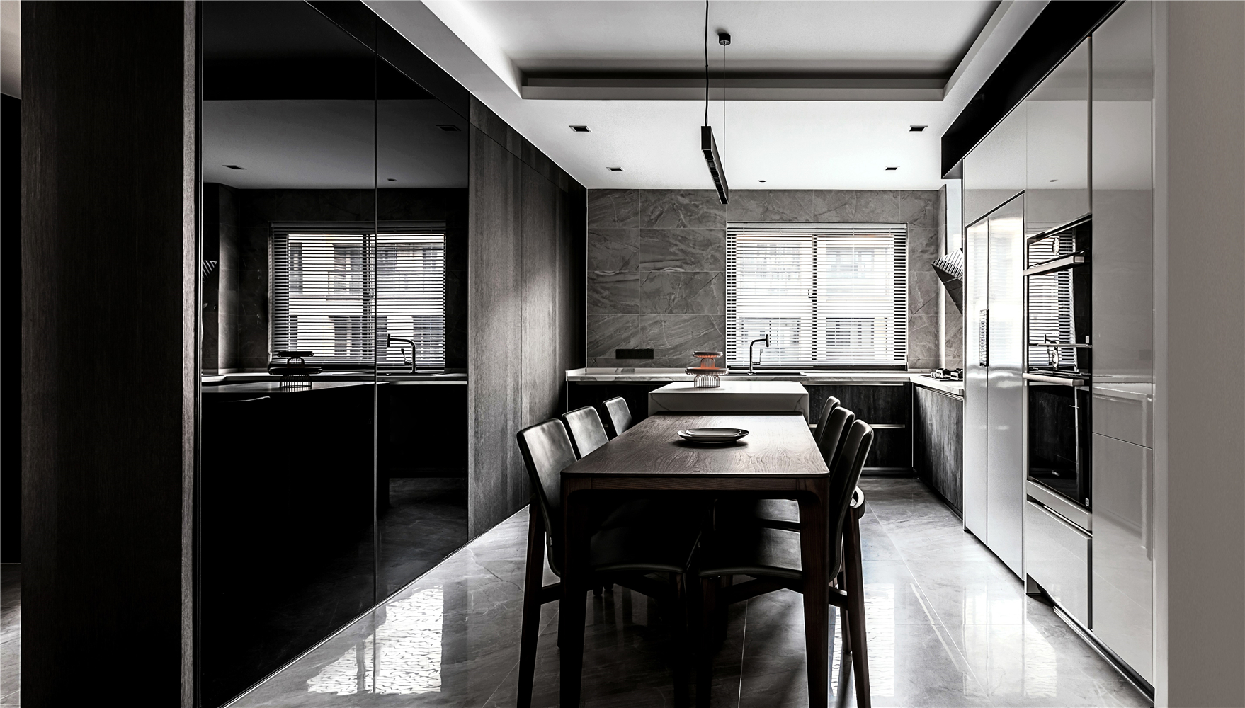 140平现代简约餐厅装修效果图