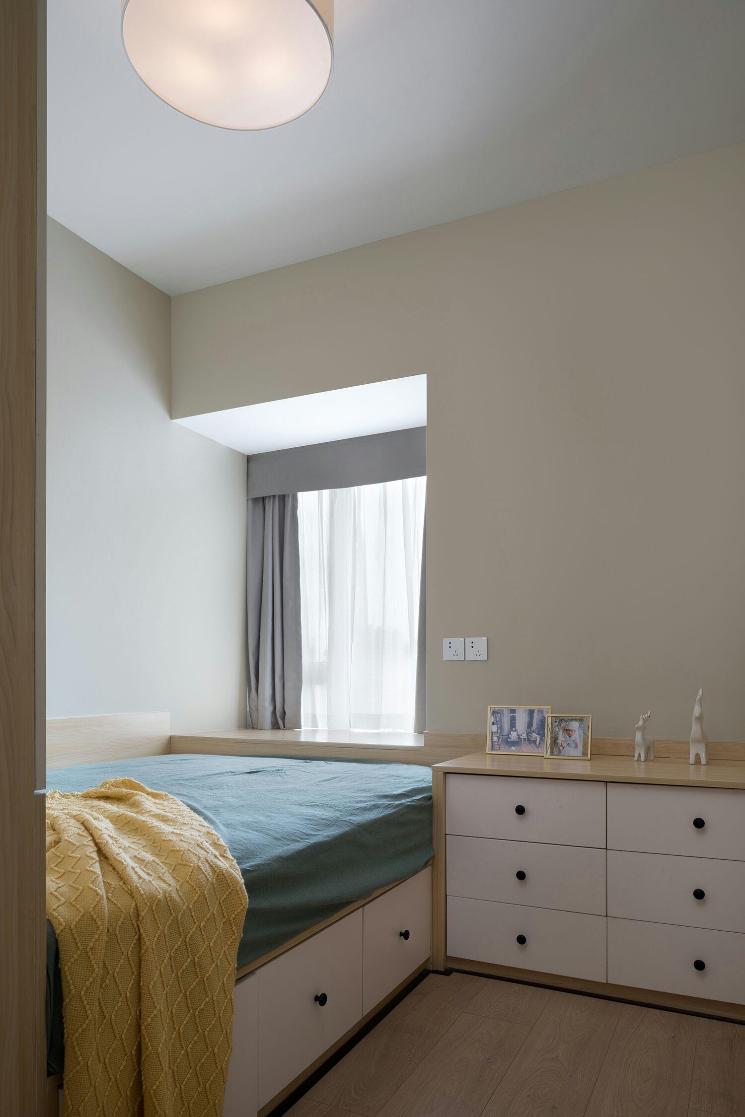 100㎡北欧风榻榻米卧室装修效果图