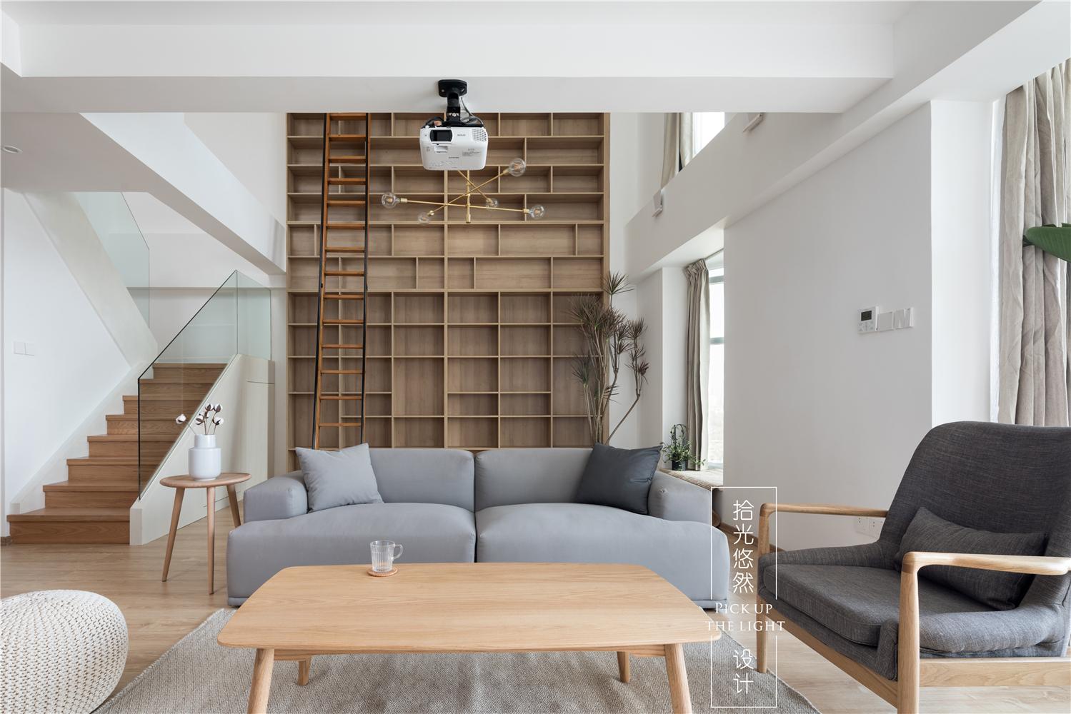 现代简约复式装修沙发背景墙效果图