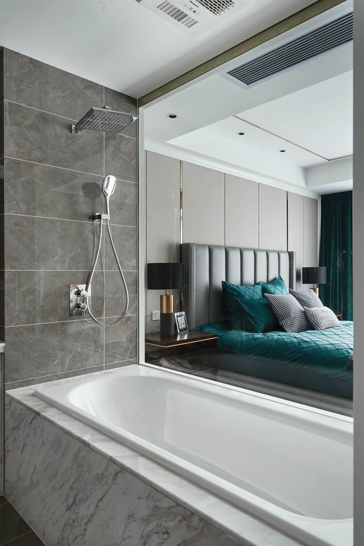 简美轻奢四居室装修浴缸设计
