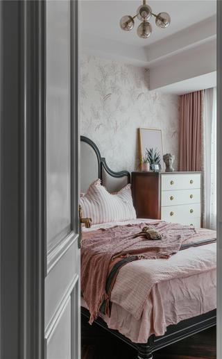 140㎡美式风格装修卧室一角