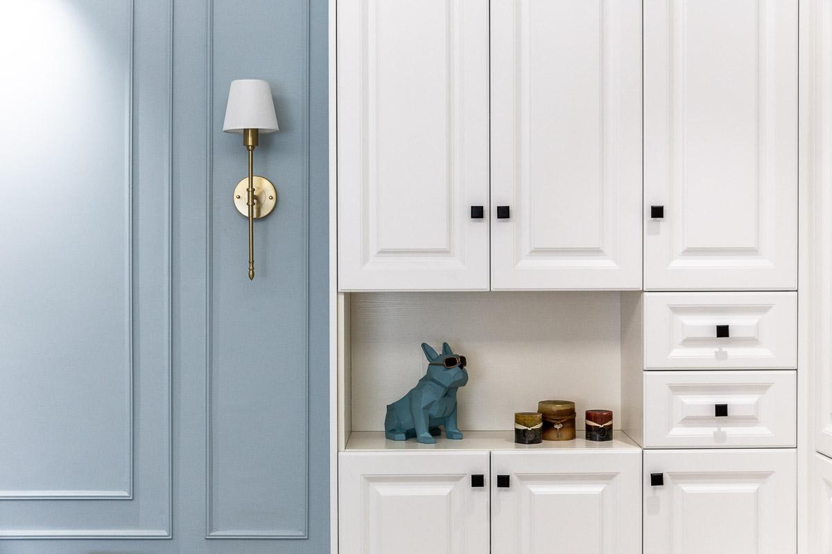 美式风格两居装修鞋柜设计