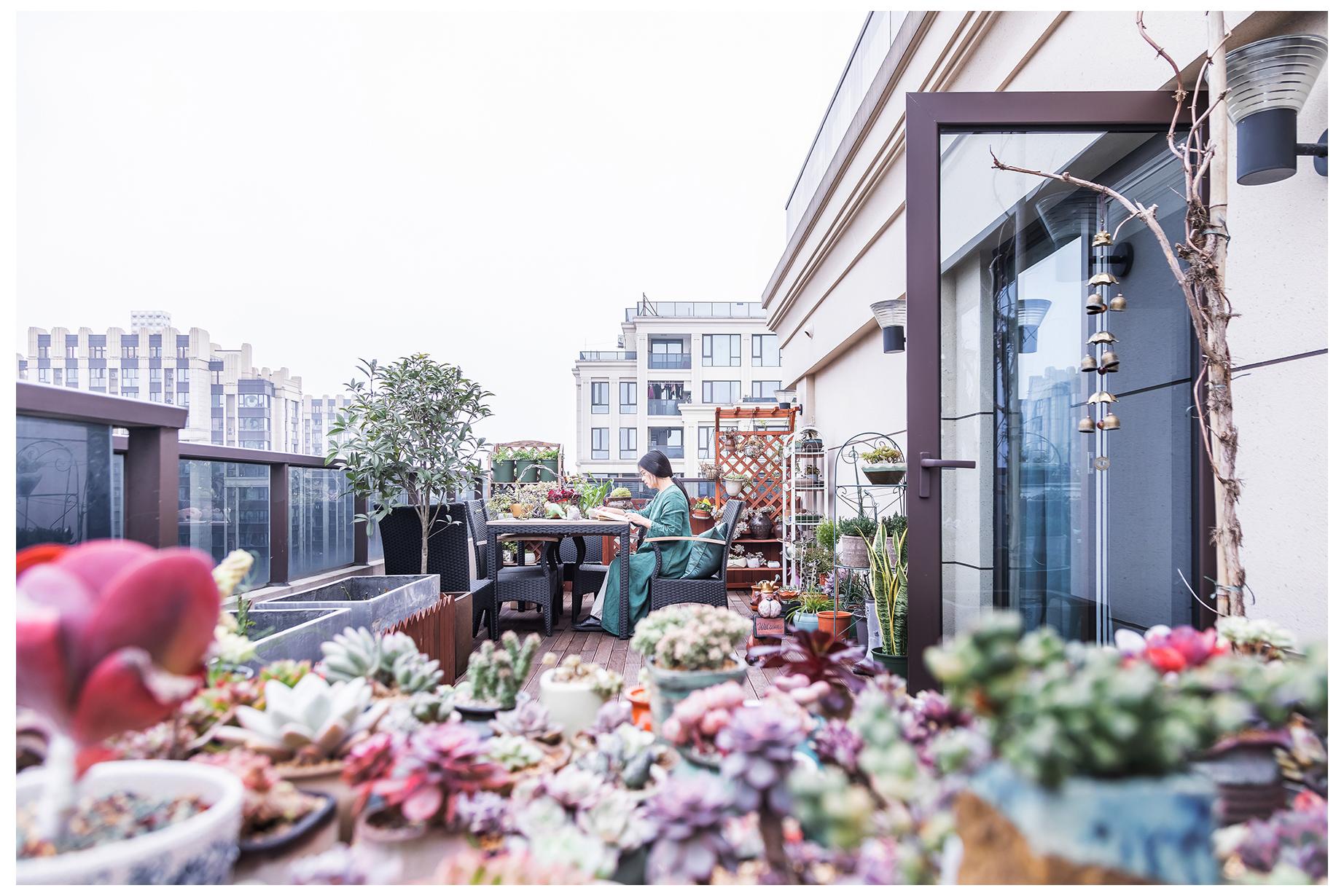 新中式三居装修露台效果图