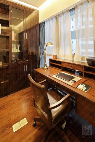 120㎡新古典风格装修书桌设计