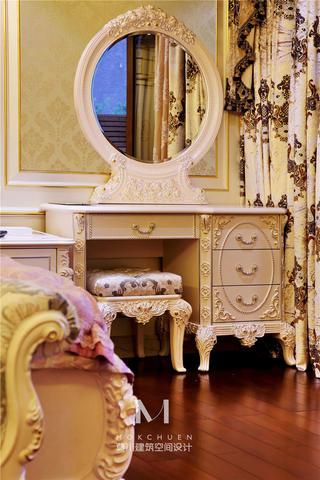 奢华欧式别墅装修梳妆台设计