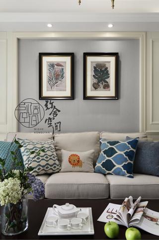 美式风格三居室装修沙发抱枕设计