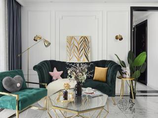 107平轻奢三居室沙发背景墙装修效果图
