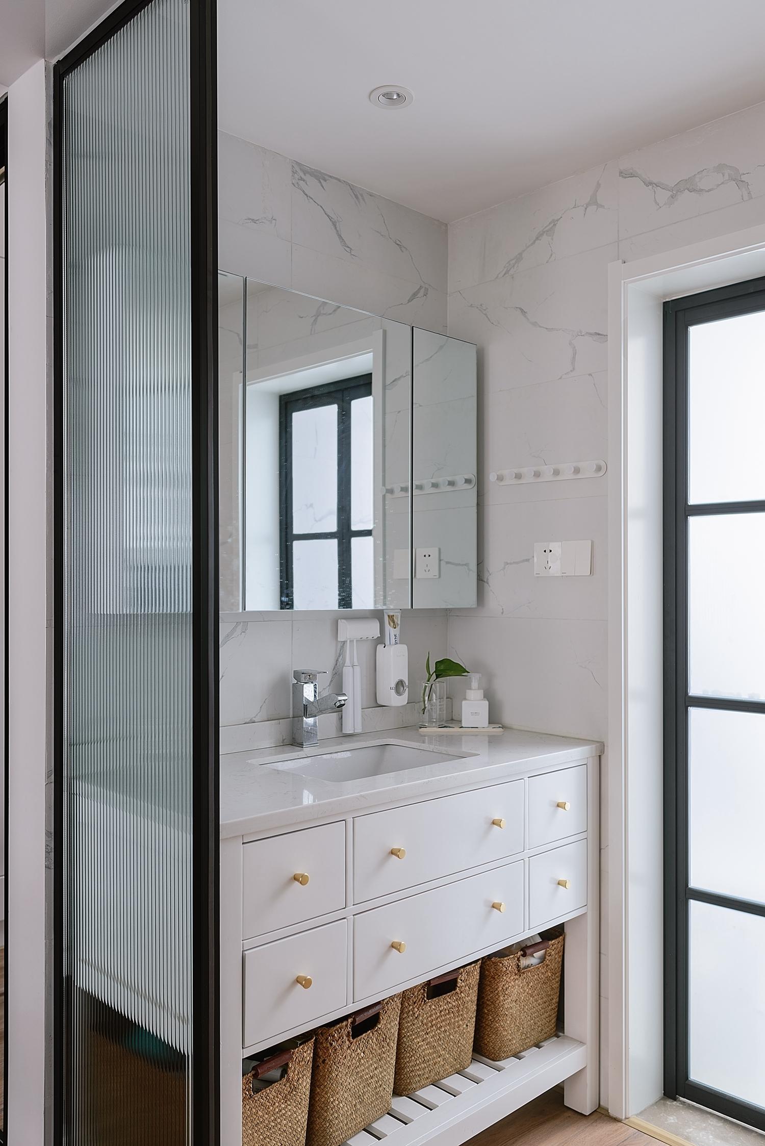 北欧风格二居洗手台装修效果图