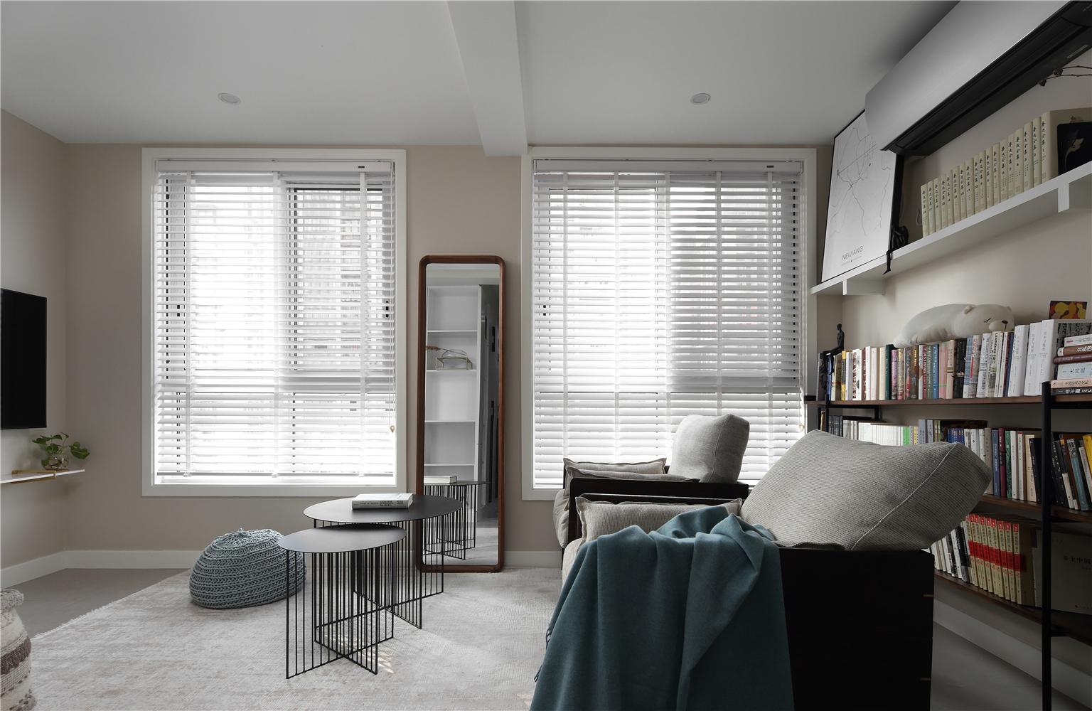 76平米简约一居客厅装修效果图