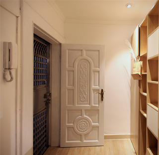 小户型两居室玄关装修效果图