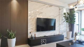 130平现代简约电视背景墙装修效果图