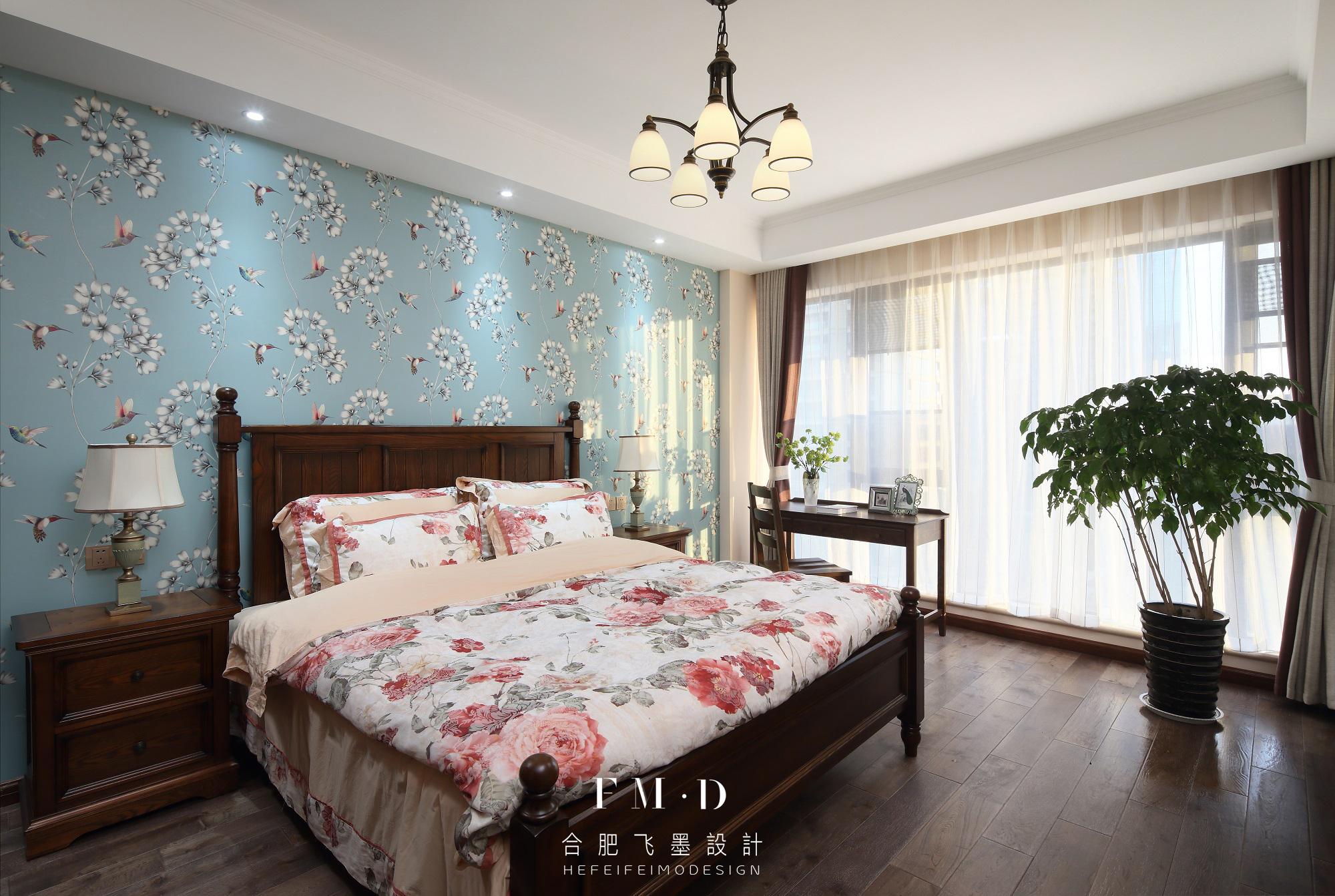 美式乡村风格三居卧室装修效果图