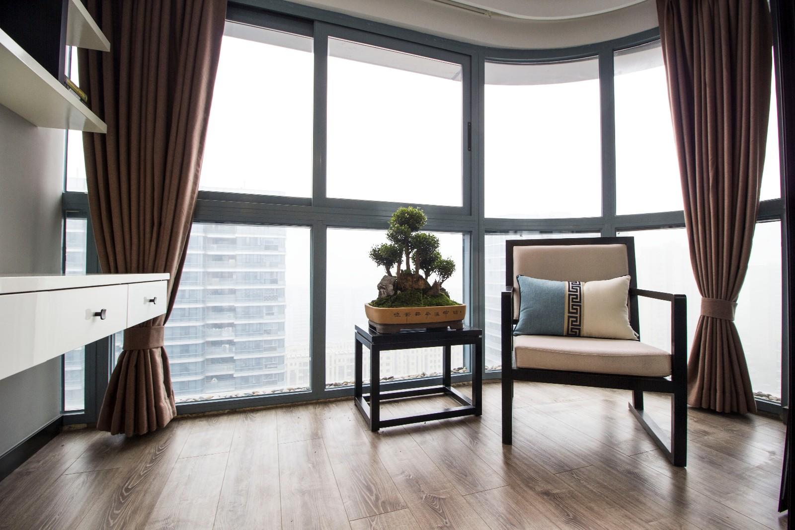 105平新中式风格阳台休闲区装修效果图