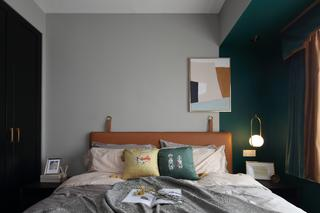 75平米三居卧室装修效果图