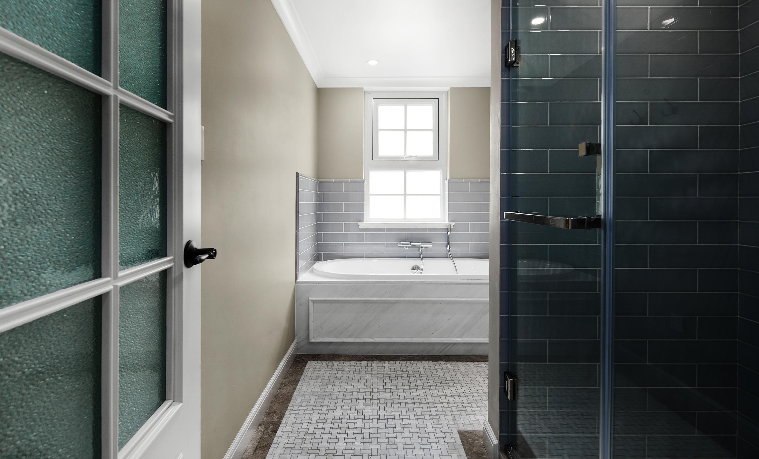 简美风格别墅卫生间装修效果图