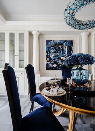 新古典风格别墅装修餐桌椅设计图