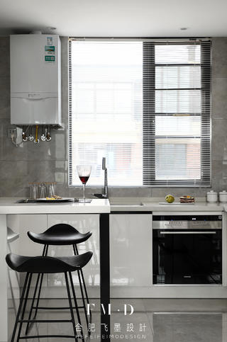 108㎡现代简约二居装修厨房吧台设计