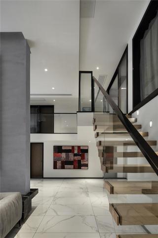 大户型复式现代风楼梯装修效果图