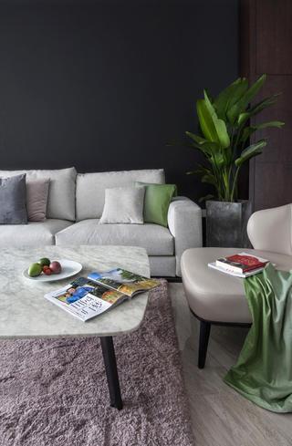 110㎡现代简约三居装修茶几沙发设计