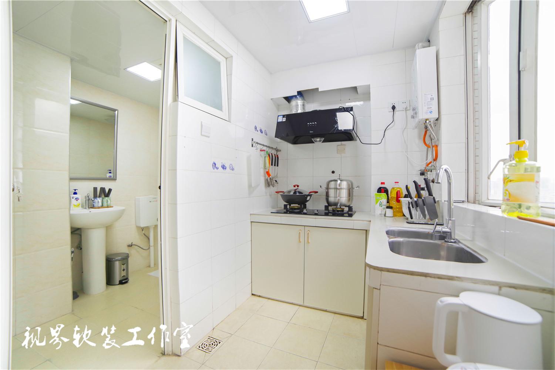 日式风三居厨房装修效果图