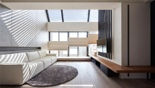 复式现代风客厅装修效果图