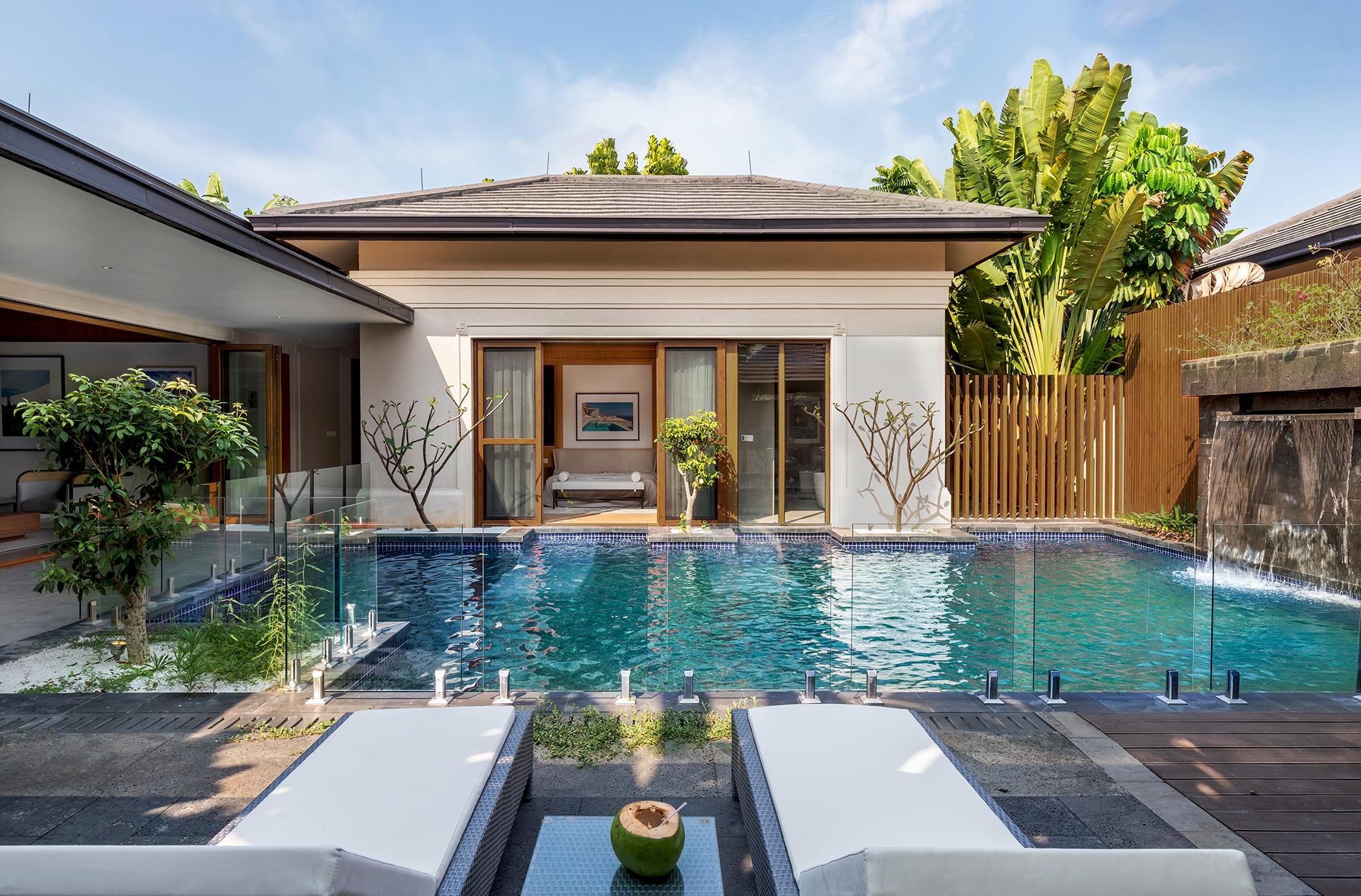度假别墅装修花园泳池设计