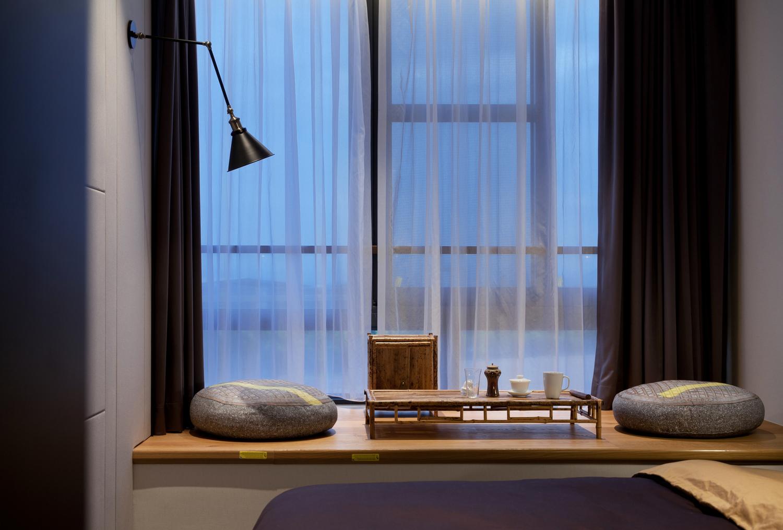现代风别墅飘窗装修效果图