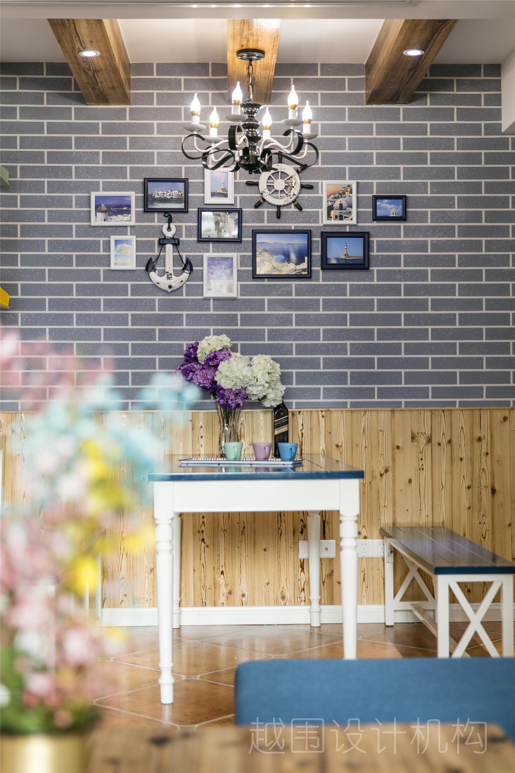 地中海三居餐厅背景墙装修效果图