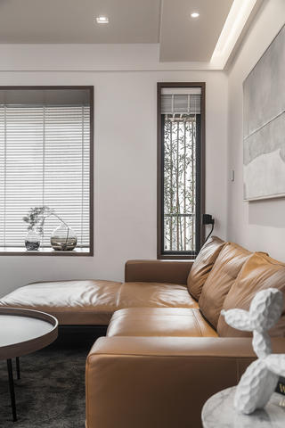 120㎡现代风格装修客厅一角
