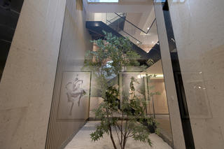 现代风格别墅装修下沉庭院设计