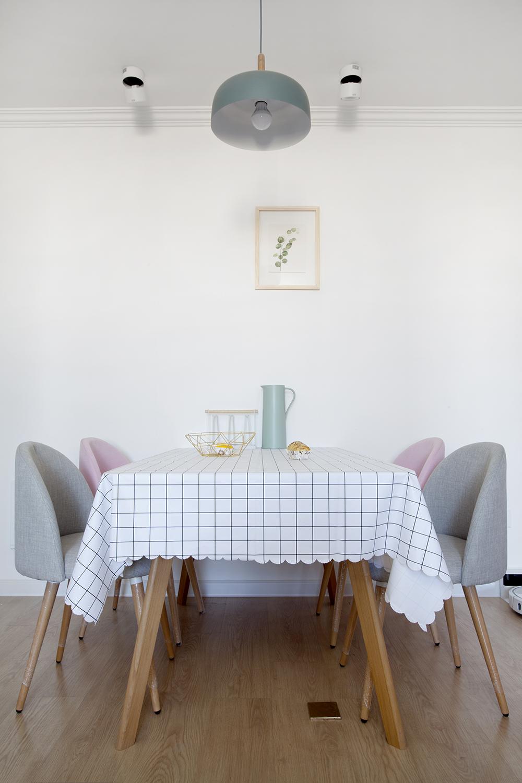 北欧简约风两居餐厅装修效果图