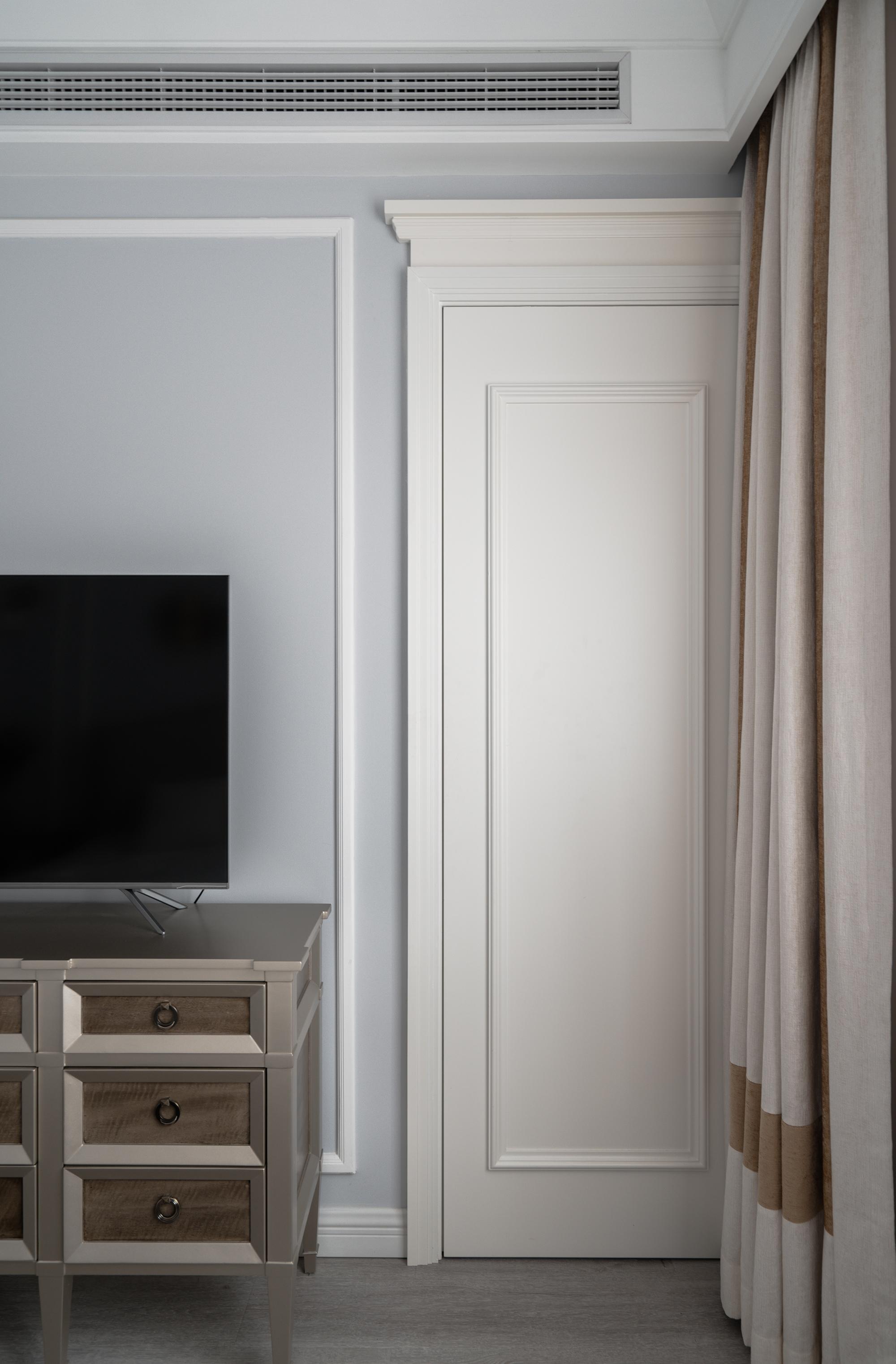 美式风格别墅装修隐形门设计