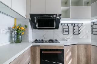 72㎡两居室厨房装修效果图