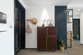 72㎡两居室玄关装修效果图