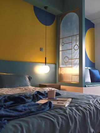 小户型一居室装修卧室一角