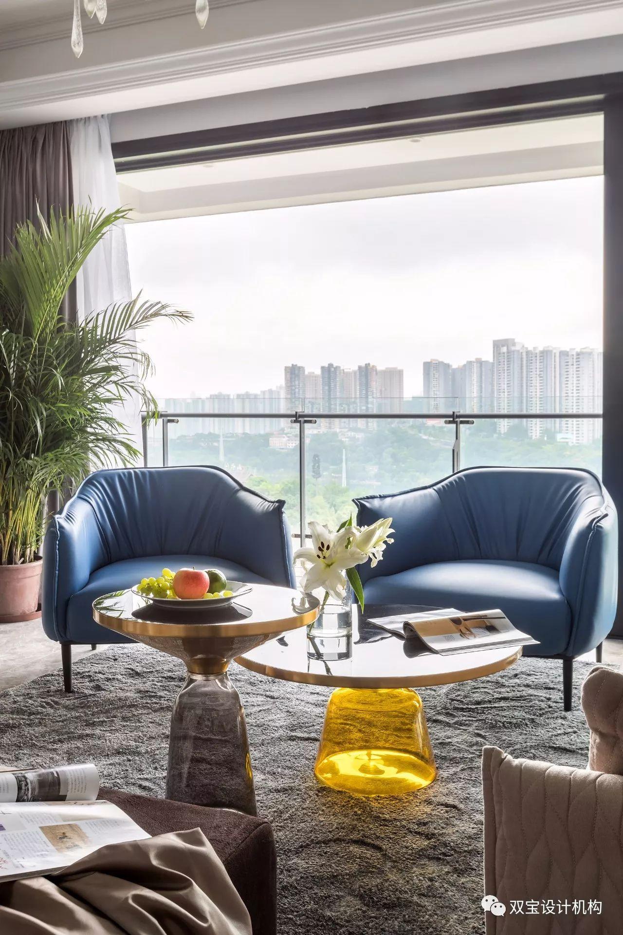 混搭风格三居室装修茶几设计