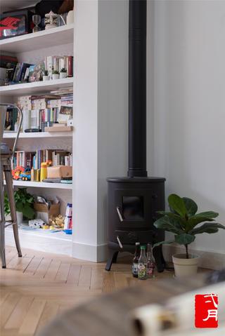 现代混搭风格三居装修壁炉设计