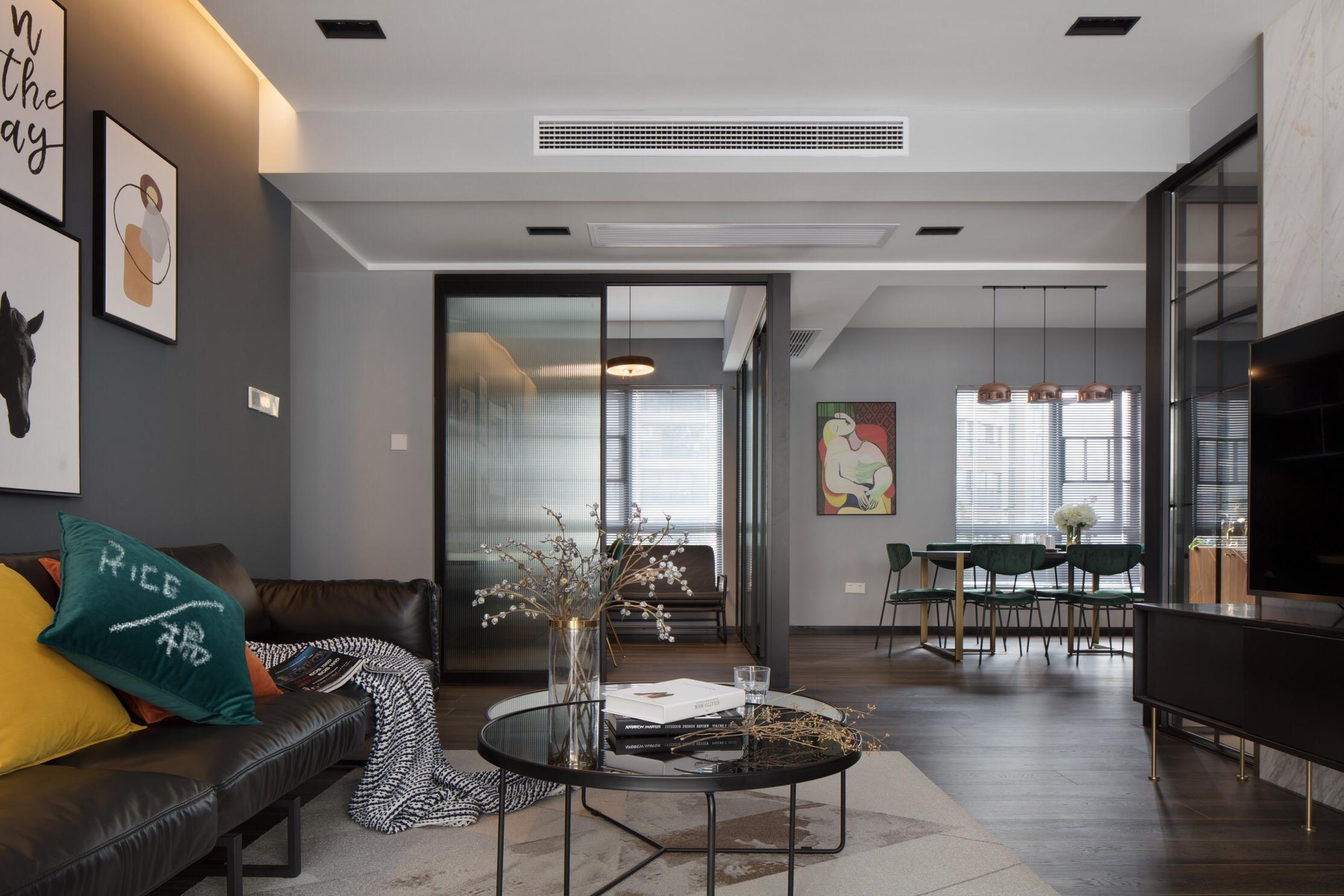 150㎡现代风格客厅装修效果图