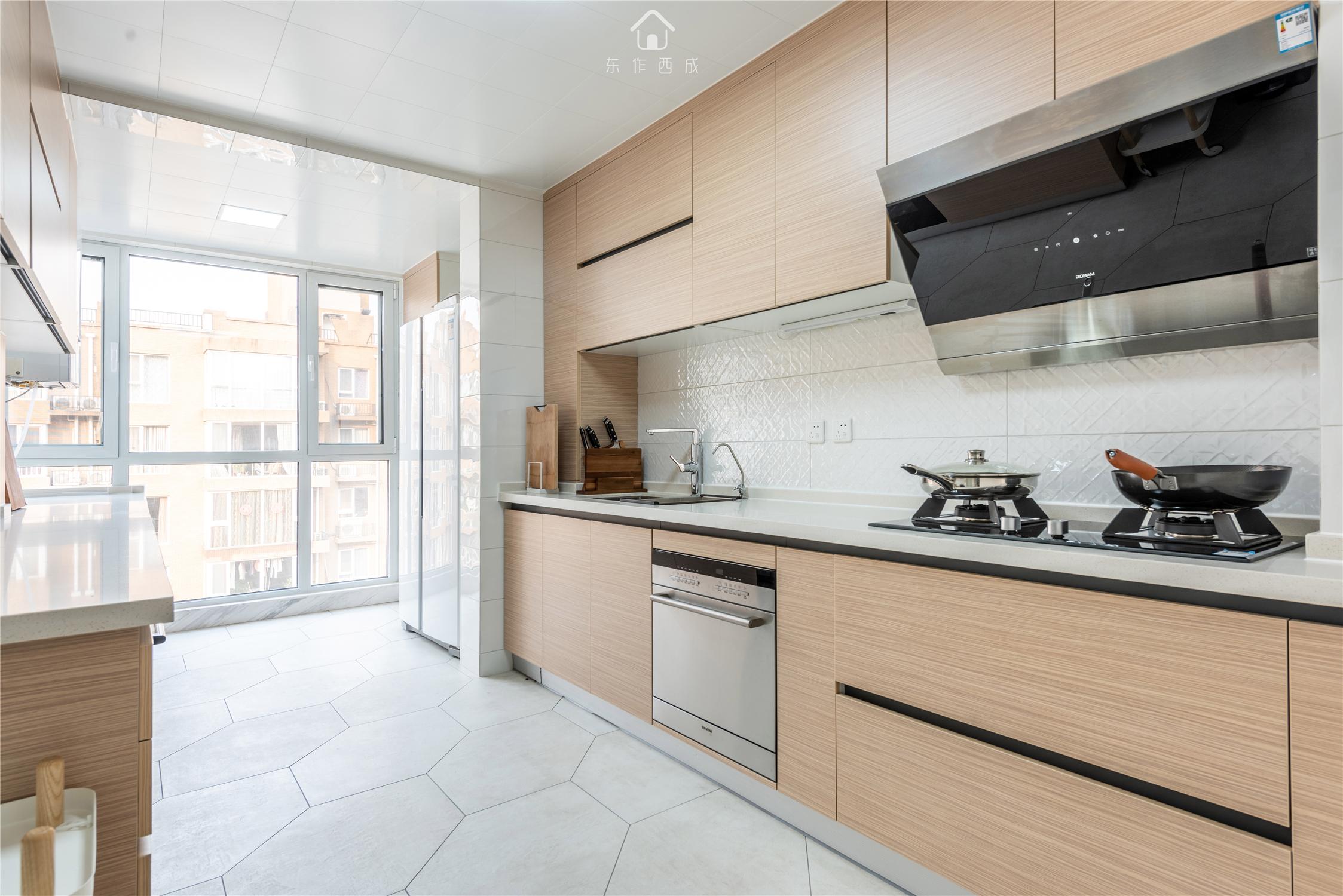 北欧风格三居厨房装修效果图