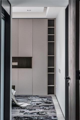 146㎡现代三居室装修衣柜设计