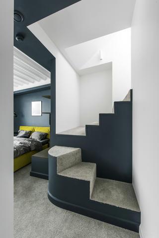 复式北欧风公寓楼梯装修效果图