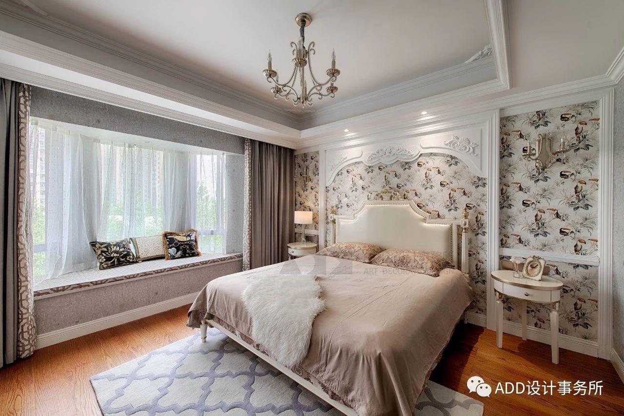 法式风格四居卧室装修效果图