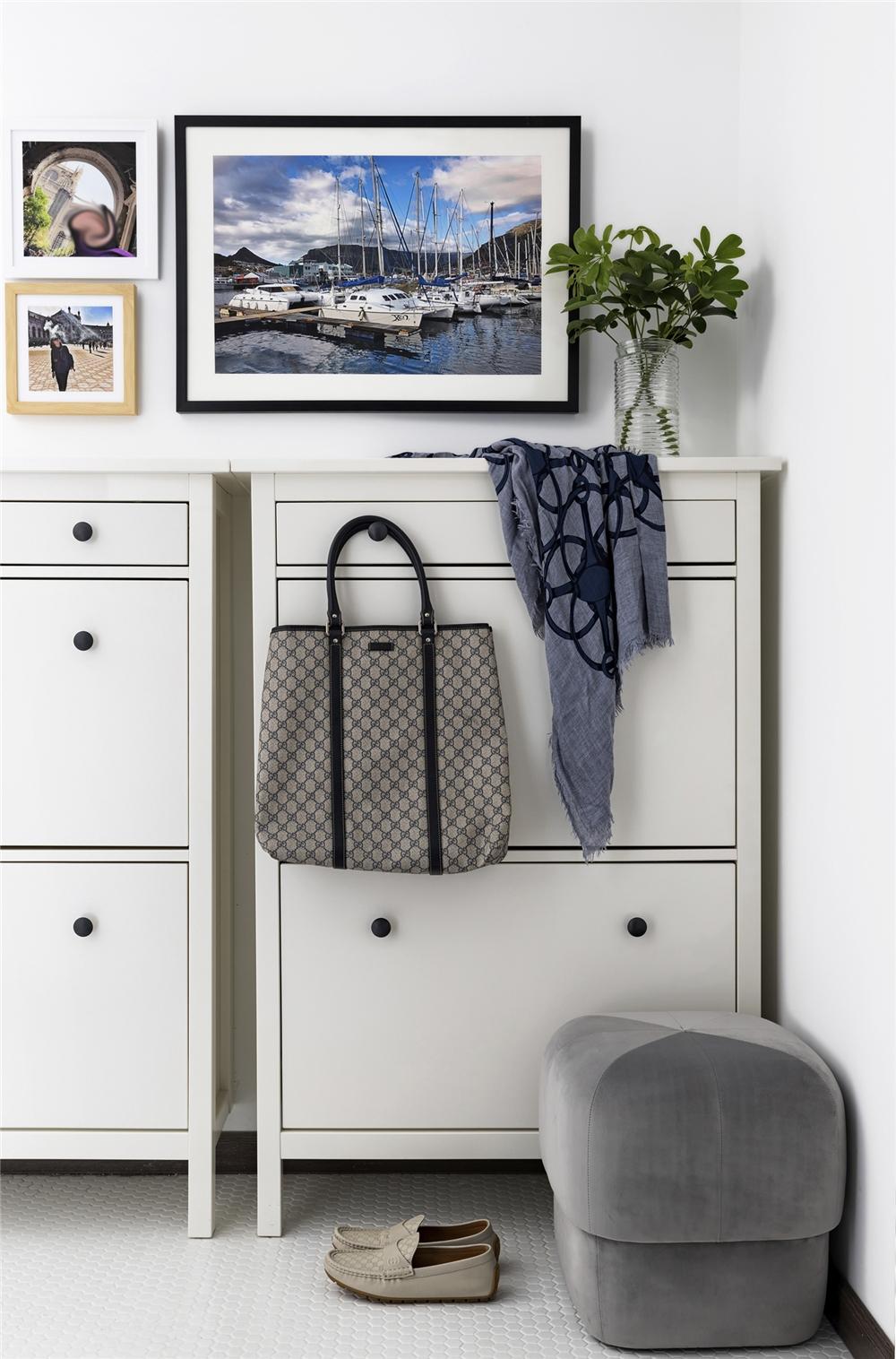 混搭风格二居室装修玄关鞋柜设计