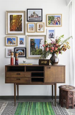 混搭风格二居室装修照片墙设计