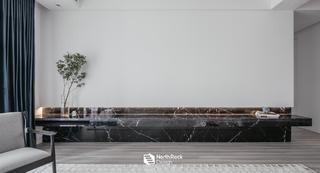 现代风格四居室客厅背景墙装修效果图